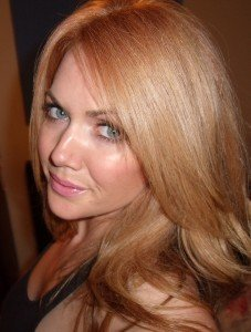 strawberry-blonde-hair-at-home-formula-diy-color-how-to-red-head-light-top-best-copper-rose-gold-beauty-blog-blogger-los-angeles-loreal-reddish.jpeg