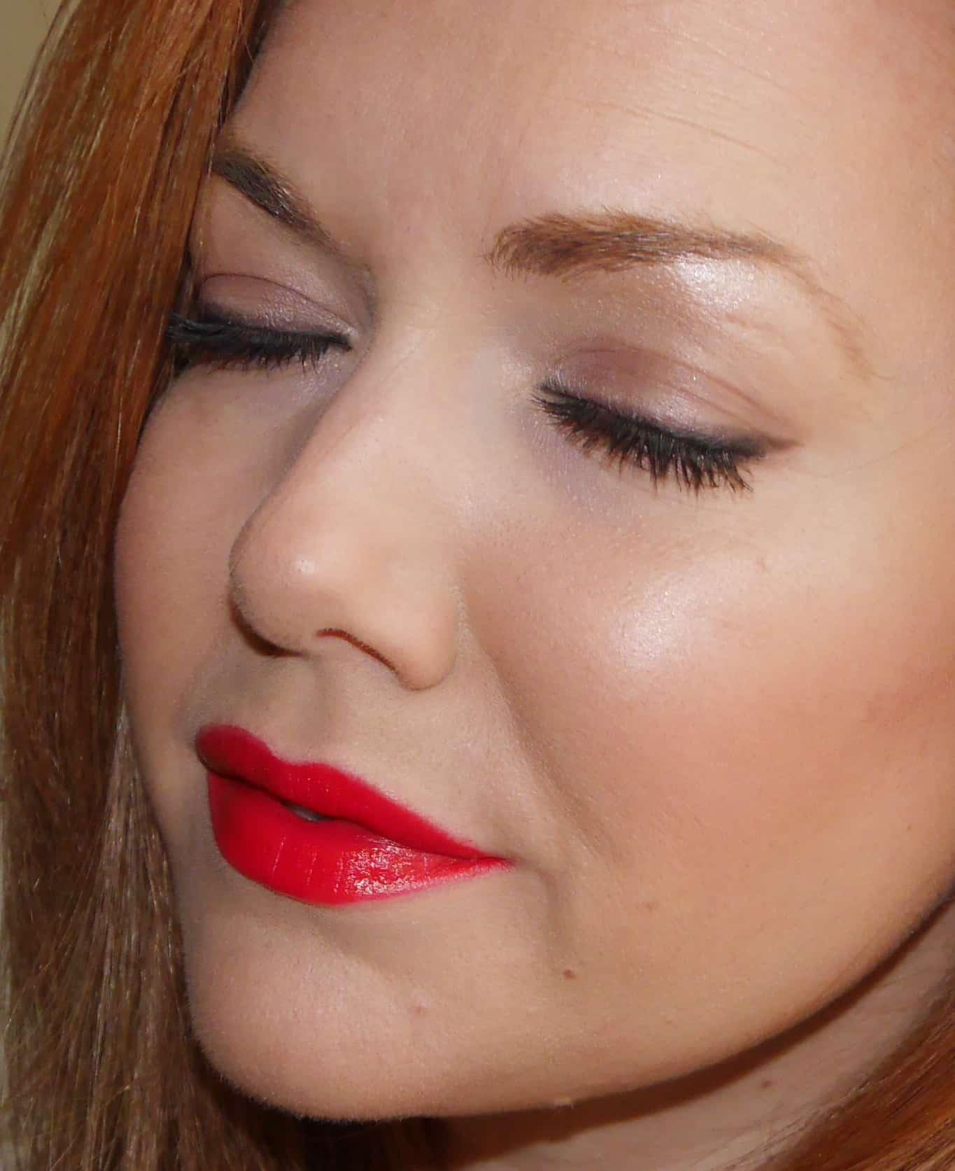 Makeup For Red Lipstick Days Girlgetglamorous