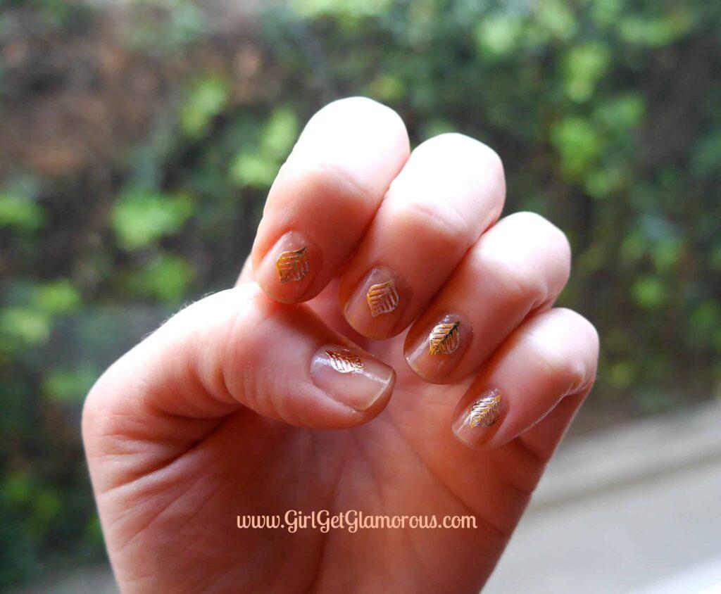 Pur-lisse Flash Tattoos used at nail art.
