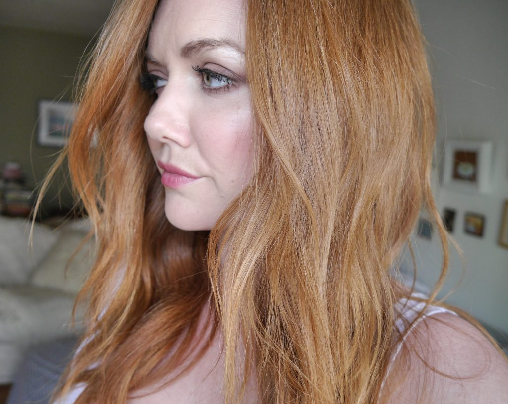 how-to-do-loose-waves-curls-beach-beachy-hair-tutorial-best-curling-iron-ghd-curve-beauty-blog-los-angeles.jpeg