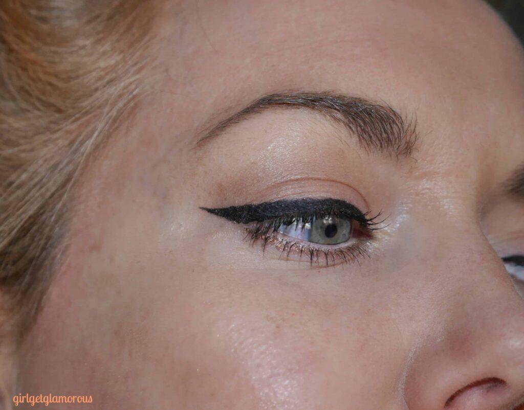 tarteist-clay-paint-liner-best-gel-eyeliner-review-makeup-artist-blogger-beauty-blog-instagram-los-angeles-review
